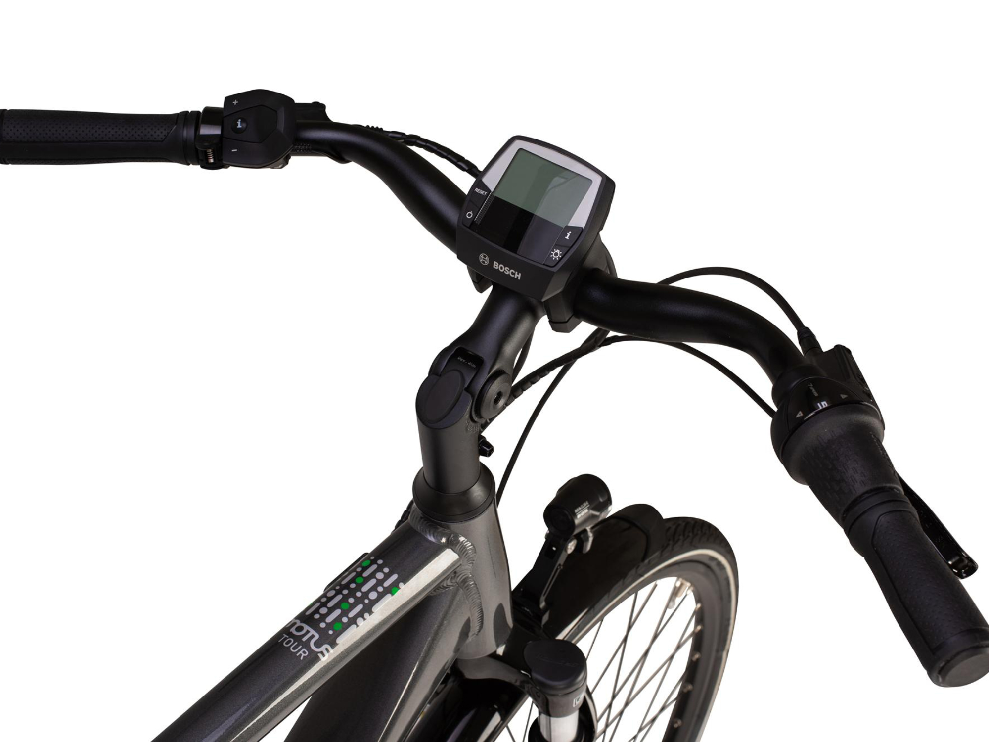 Raleigh Motus Tour electric bike handlebars and controller