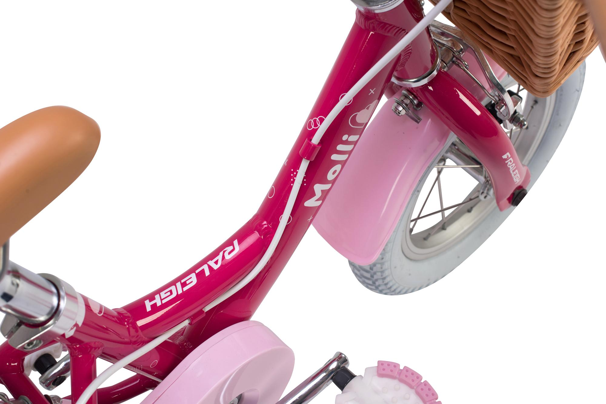 View of saddle on the Raleigh Molli 12 incch kid girls bike with stabilisers