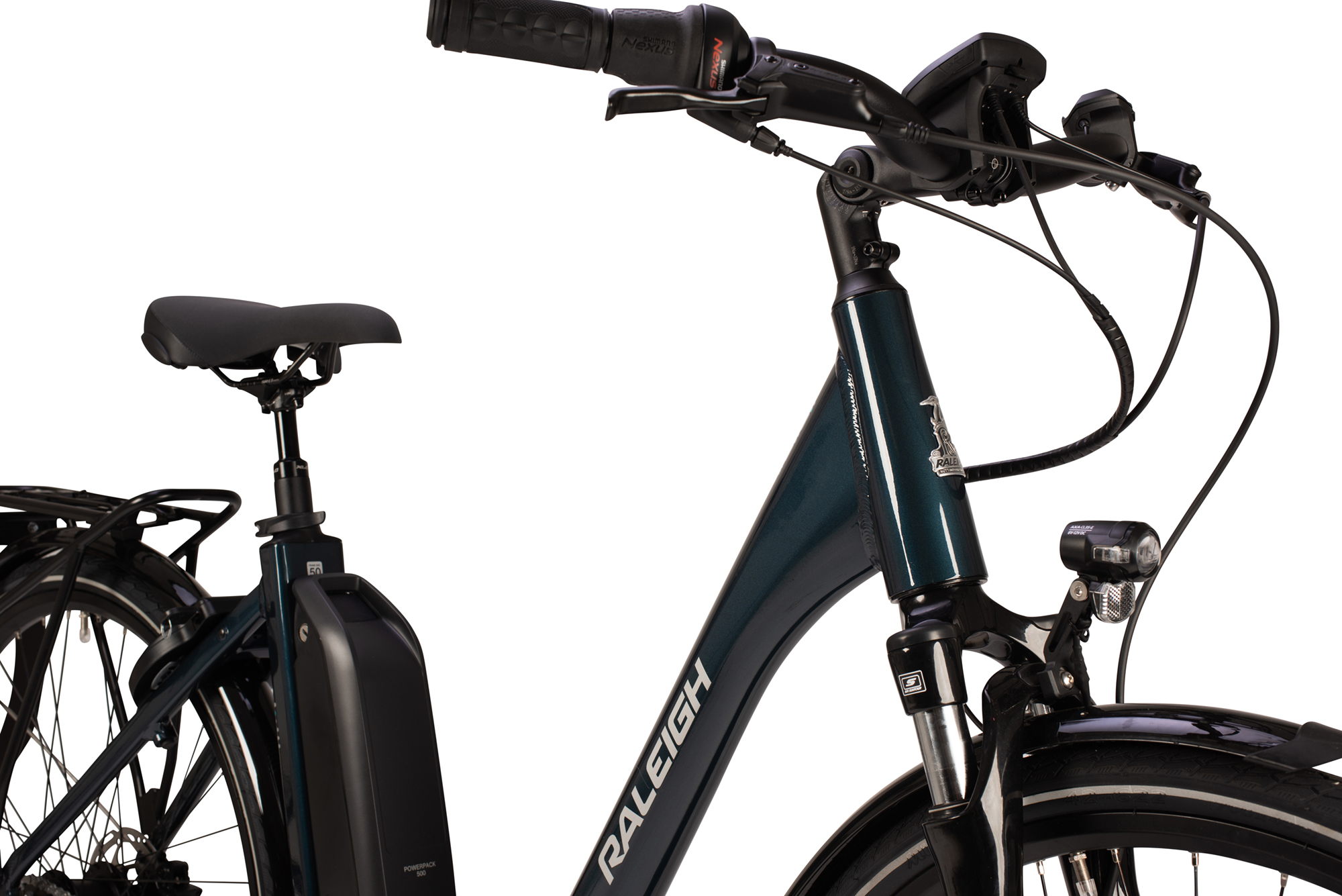 Handlebars and front forks on the Raleigh Motus Grand Tour low step electric bike