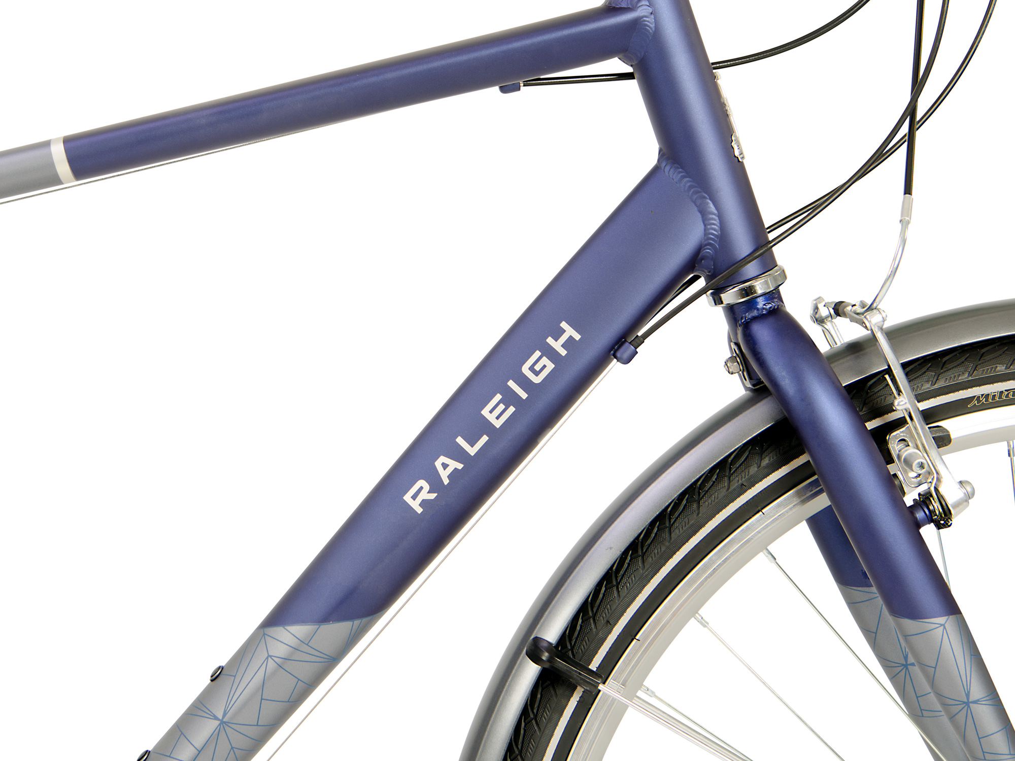Raleigh Pioneer Tour Crossbar Raleigh frame front